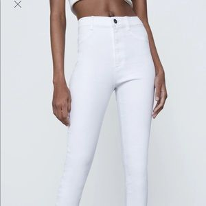 White high rise skinny jeans -size 6